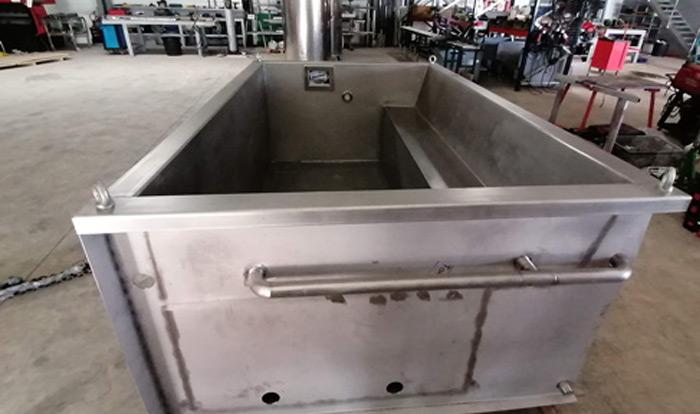 materiel-vinicole-accueil-piscine